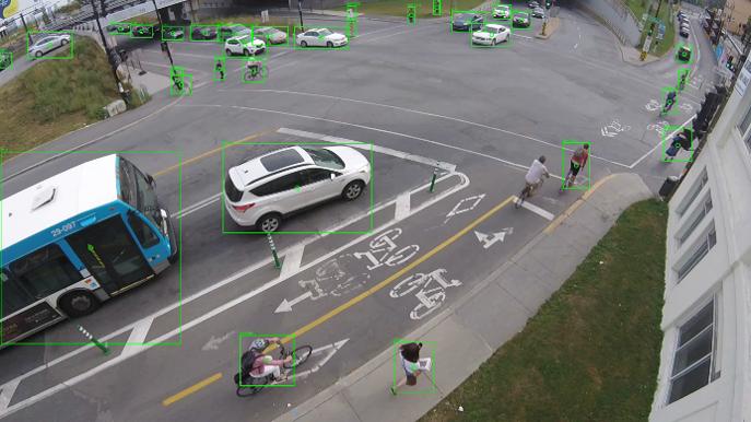 AIによる画像解析で交差点の安全性を診断・・MicroTrafficの交通安全イノベーション